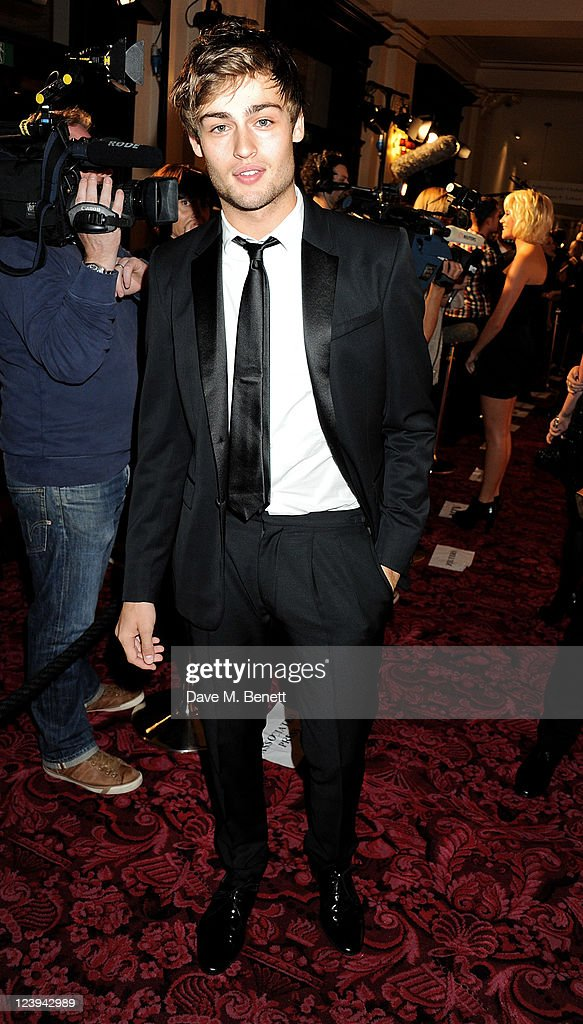 GQ Men Of The Year Awards 2011 - Inside Arrivals : News Photo