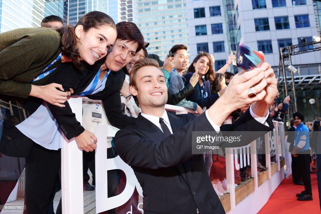 "2017 Toronto International Film Festival - ""Mary Shelley"" Premiere - Red Carpet : News Photo"