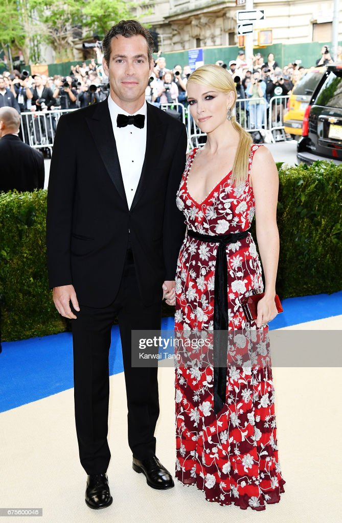 Douglas Brunt (L) and Megyn Kelly attend 'Rei Kawakubo/Comme des Garcons: Art Of The In-Between' Costume Institute Gala at Metropolitan Museum of Art on May 1, 2017 in New York City.