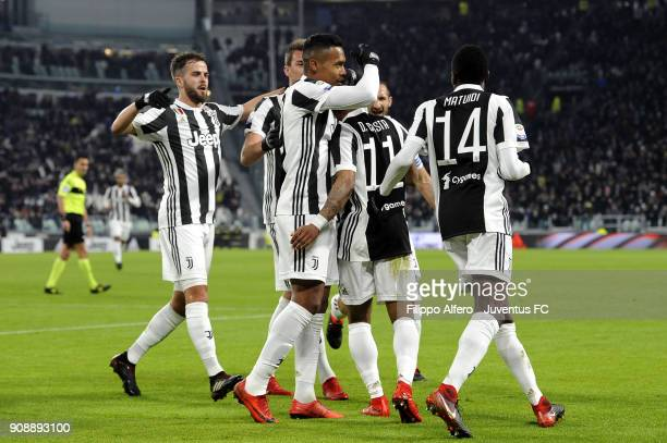 Douglas Costa and Juventus players celebrate after his goal during the Serie A match between Juventus and Genoa CFC on January 22 2018 in Turin Italy