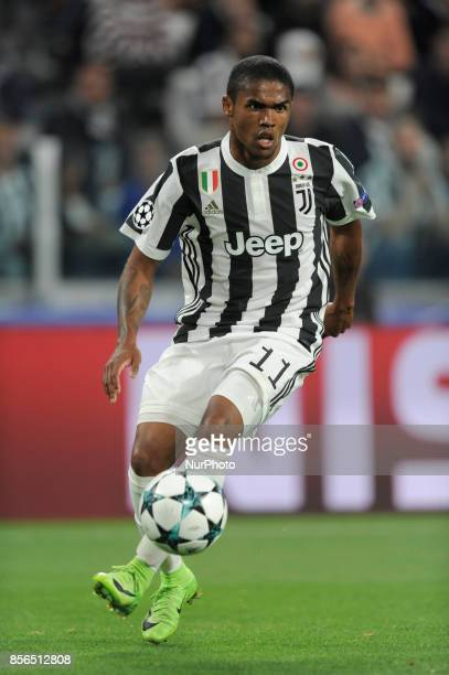 Douglas Costa de Souza of Juventus player during the Uefa Champions League 20172018 match between FC Juventus and Olympiacos FC at Juventus Stadium...