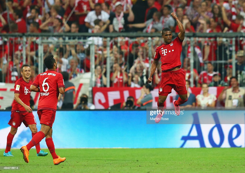 FC Bayern Muenchen v Hamburger SV - Bundesliga : Foto jornalística