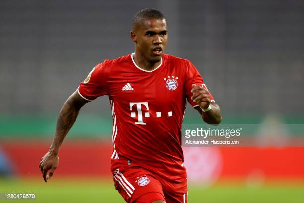 Douglas Costa of FC Bayern München runs with the ball during the DFB Cup first round match between 1. FC Düren and FC Bayern Muenchen at Allianz...
