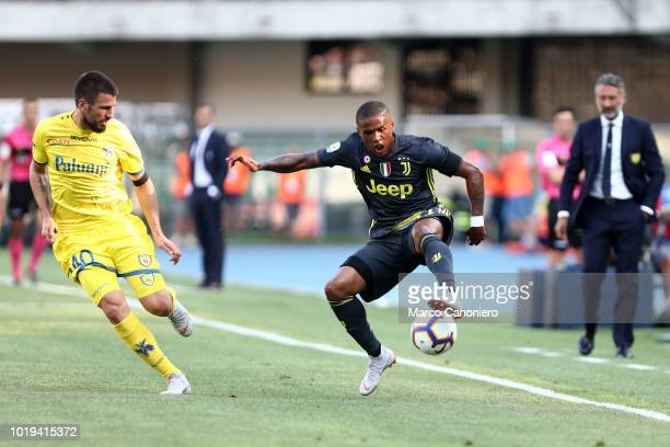 Douglas Costa of Juventus FC in action during the Serie A football match between Chievo Verona and Juventus Fc