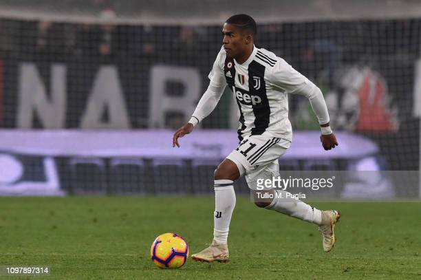 Douglas Costa of Juventus in action during the Serie A match between Juventus and Chievo at Allianz Stadium on January 21 2019 in Turin Italy