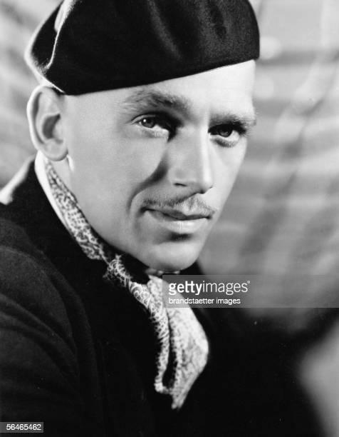Douglas Fairbanks Junior american actor Around 1930 Photography by Elmer Fryer [Douglas Fairbanks Junior amerikanischer Filmschauspieler Um 1930...