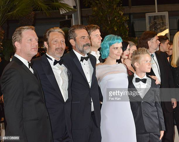 Douglas Henshall Mads Mikkelsen and Jeffrey Dean Morgan Oh Land and actor Toke Lars Bjarke attend the 'The Salvation' premiere during the 67th Annual...