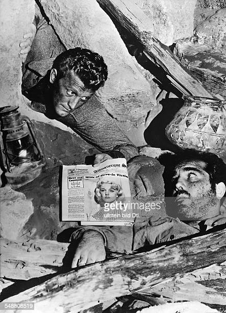 Douglas Kirk Actor USA * Scene from the movie 'Ace in the Hole'' Directed by Billy Wilder USA 1951 Produced by Paramount Pictures Vintage property of...