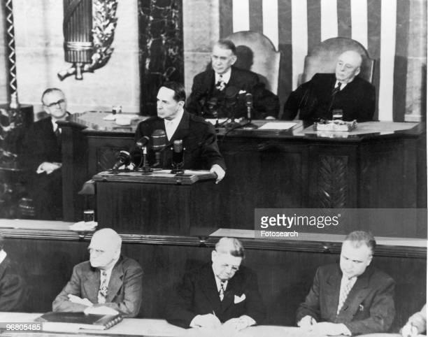 Douglas MacArthur address Congress April 19 1951