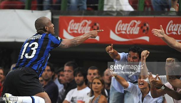 Douglas Santos Maicon of FC Inter Milan celebrates a goal during the Serie A match between AC Milan and Inter Milan at Stadio Giuseppe Meazza on...