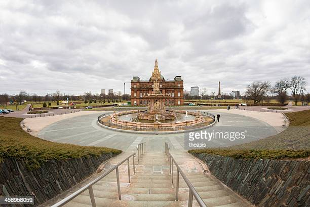doulton fountain and people's palace, glasgow - theasis bildbanksfoton och bilder