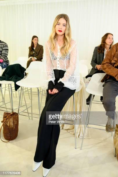 Doutzen Kroes attends the Loewe Womenswear Spring/Summer 2020 show as part of Paris Fashion Week on September 27, 2019 in Paris, France.