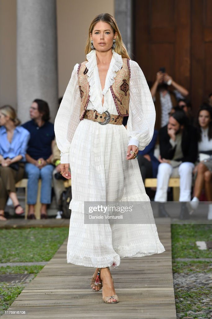 Etro - Runway - Milan Fashion Week Spring/Summer 2020 : News Photo