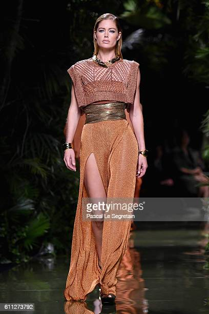 Doutzen Kroes walks the runway during the Balmain show as part of the Paris Fashion Week Womenswear Spring/Summer 2017 on September 29 2016 in Paris...