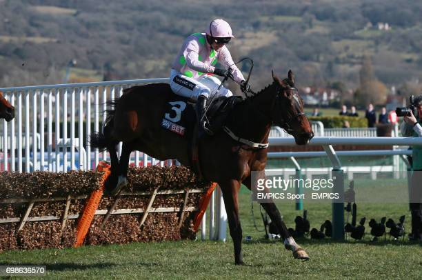 Douvan ridden by Ruby Walsh on their way to victory in the Sky Bet Supreme Novices Hurdle