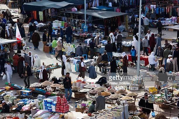 douz, souq-market, elevated view - チュニジア ストックフォトと画像