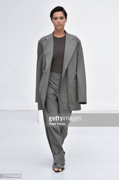 Dovile Drizyte walks the runway during the Gauchere Womenswear Spring/Summer 2021 show as part of Paris Fashion Week on September 30, 2020 in Paris,...
