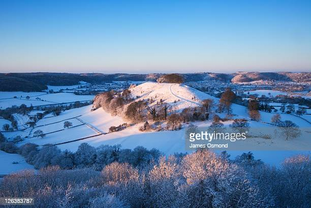 downham hill near dursley. the cotswolds. gloucestershire. england. uk. - gloucestershire stock pictures, royalty-free photos & images