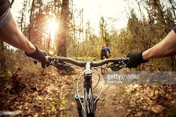 ciclista de bicicleta - guidom - fotografias e filmes do acervo