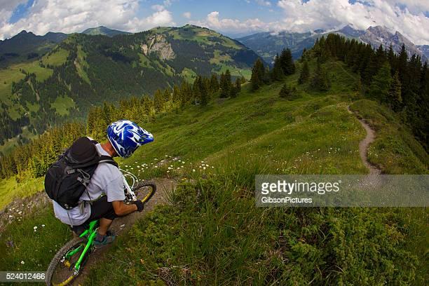 Descentes en montagne à VTT, en Suisse