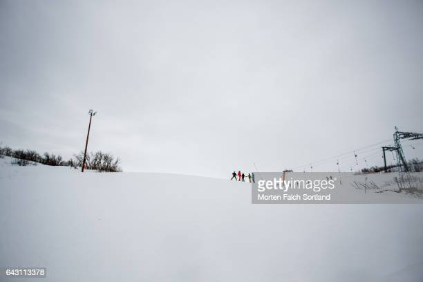 downhill skiing in geilo - winter sports event stock pictures, royalty-free photos & images