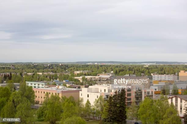 El centro de Anchorage Alaska USA en la primavera, vista de la ciudad