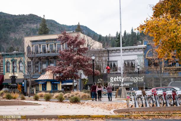 downtown ashland oregon - brycia james stock pictures, royalty-free photos & images