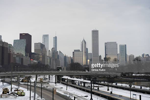 downtown chicago metra train station - metra train stock photos and pictures