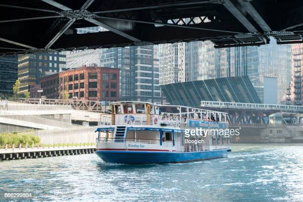 Downtown Chicago River Tour Boat Midwest Travel Destination USA