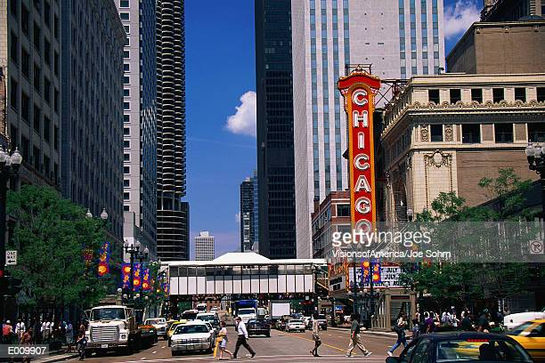 downtown chicago, with theater sign - chicago theater stock pictures, royalty-free photos & images