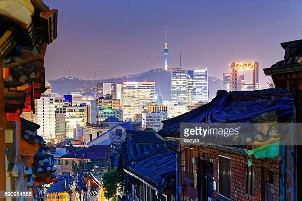 downtown cityscape of seoul - microsoft theater los angeles stock pictures, royalty-free photos & images