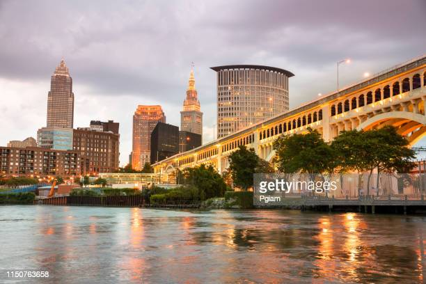 downtown cleveland city skyline in ohio usa - rock and roll hall of fame cleveland stock pictures, royalty-free photos & images