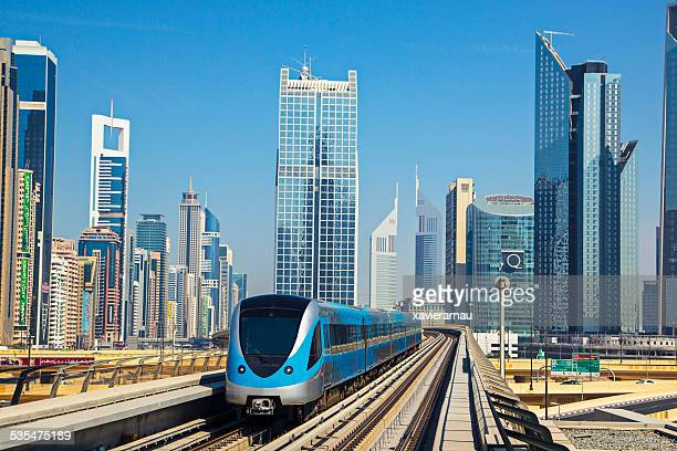 downtown dubai - monorail stock pictures, royalty-free photos & images