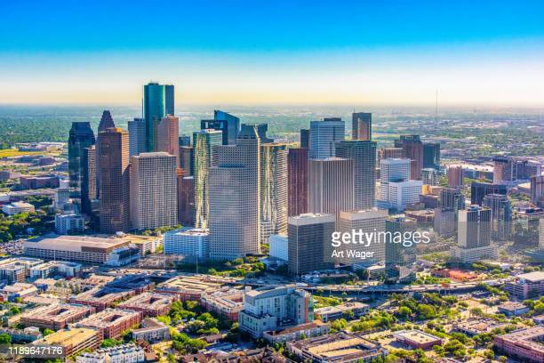 downtown houston texas - houston skyline stock pictures, royalty-free photos & images