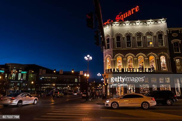 downtown lexington kentucky at night - lexington kentucky stock pictures, royalty-free photos & images