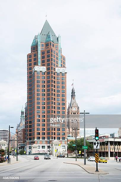 downtown milwaukee - theasis stock pictures, royalty-free photos & images