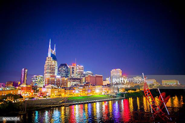 downtown nashville skyline cityscape - nashville - fotografias e filmes do acervo