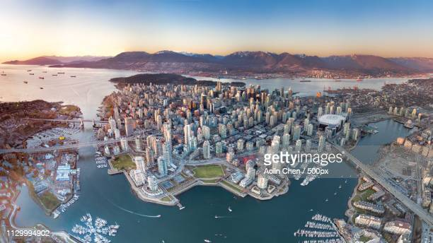 downtown or island - vancouver canada stock pictures, royalty-free photos & images