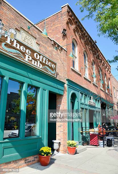 downtown romeo, michigan - romeo michigan stock pictures, royalty-free photos & images