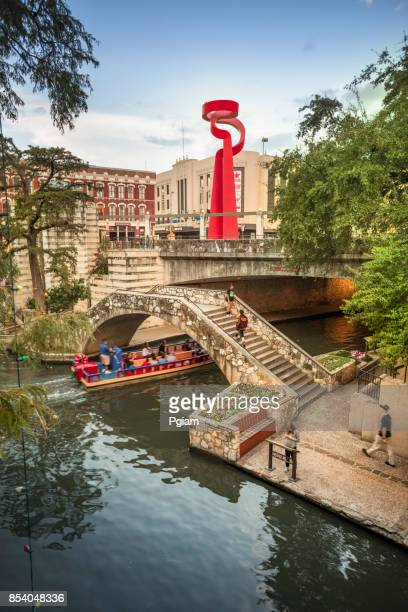 downtown san antonio texas usa skyline view - san antonio texas stock photos and pictures
