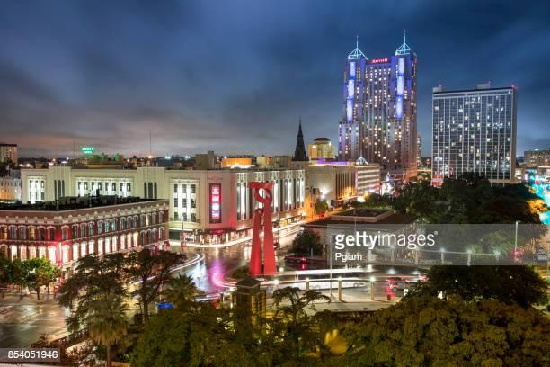 downtown san antonio texas usa skyline view - san antonio river walk stock photos and pictures