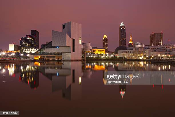 downtown skyline - cleveland, ohio - cleveland ohio stock pictures, royalty-free photos & images