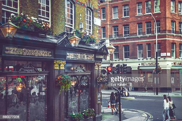 Downtown street in London