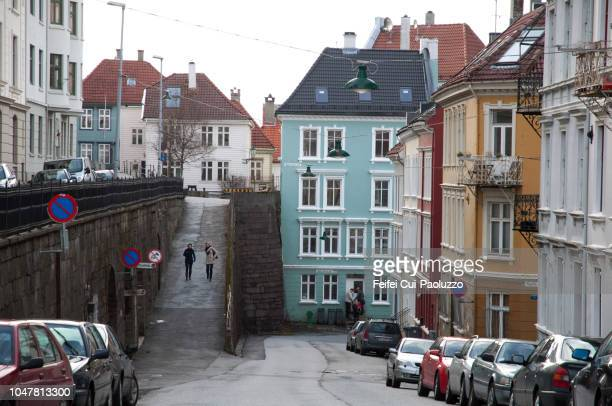 downtown street of bergen, western norway - feifei cui paoluzzo stock pictures, royalty-free photos & images