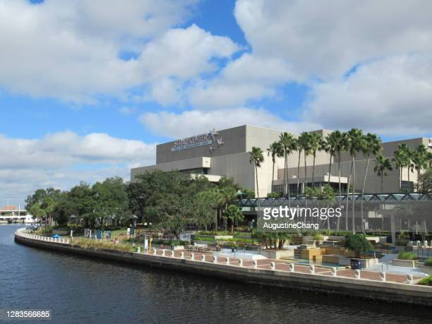 downtown tampa - performing arts center stock pictures, royalty-free photos & images