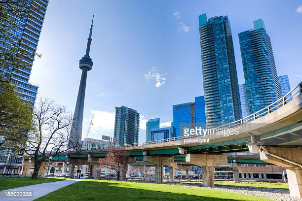 downtown toronto, ontario - cn tower stock pictures, royalty-free photos & images