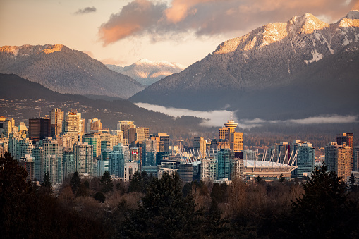 Downtown Vancouver cityscape from Queen Elizabeth Park at winter 1157634917