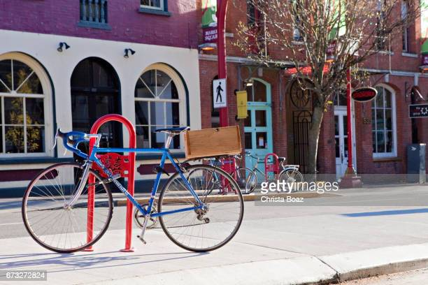 downtown victoria bicycle - victoria canada stock pictures, royalty-free photos & images