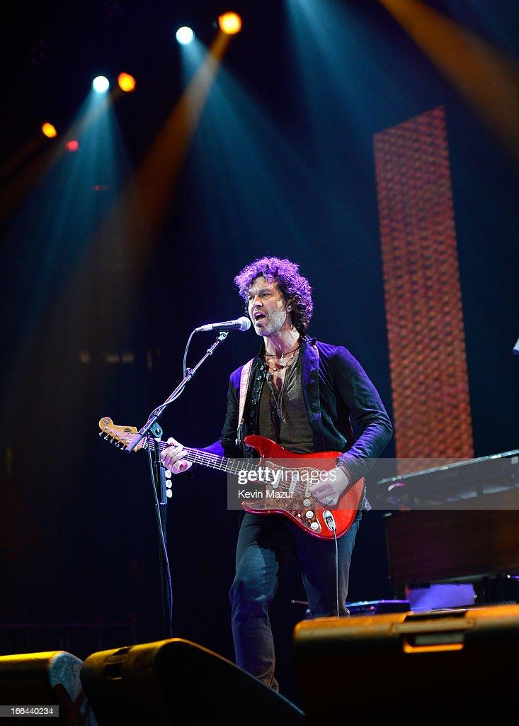 Eric Clapton's Crossroads Guitar Festival 2013 - Day 1 - Show : News Photo