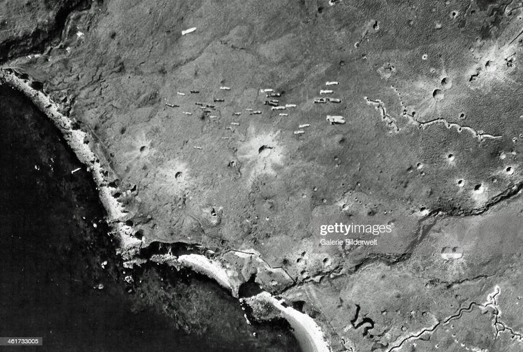 WW II Aleutian Islands : News Photo